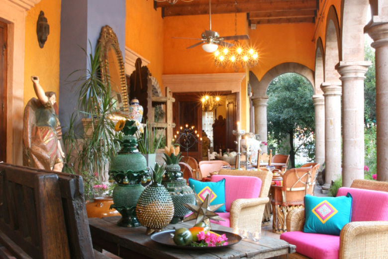 New summer deco trend:  Mexican hacienda!